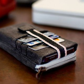 "Upcycling Handyhülle für iPhone 5 + 5S aus 100% Jeansstoff ""ALL IN ONE"""